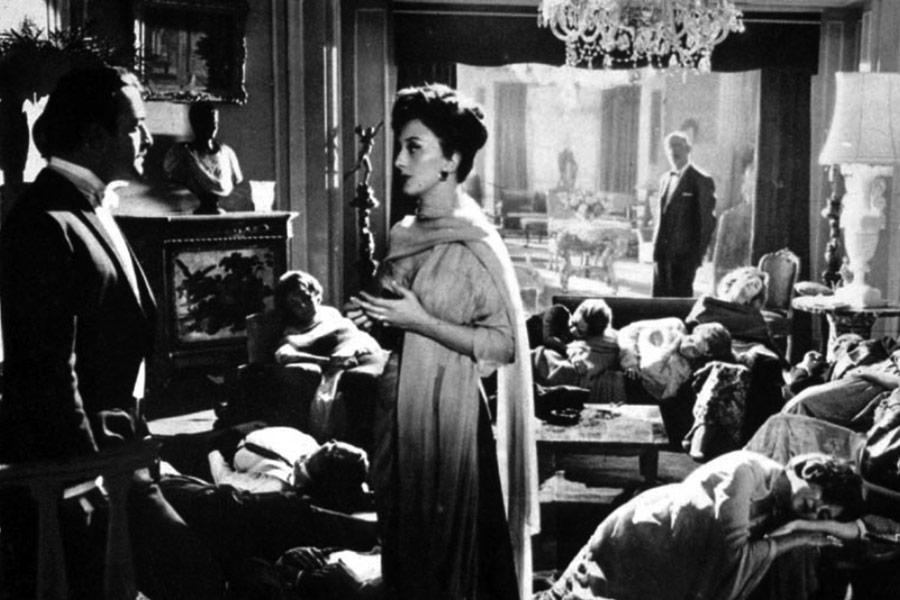 César del Campo, Lucy Gallardo dans L'Ange exterminateur