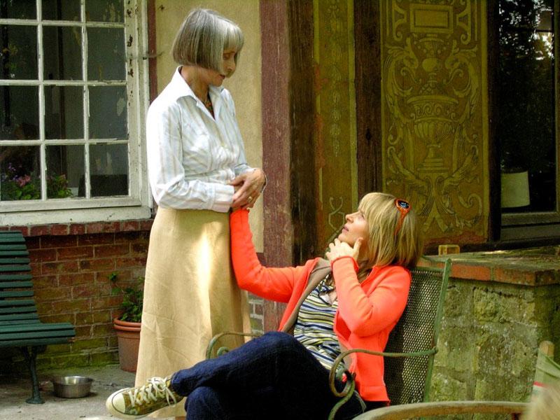 Juliette Binoche, Edith Scob dans l'heure d'été