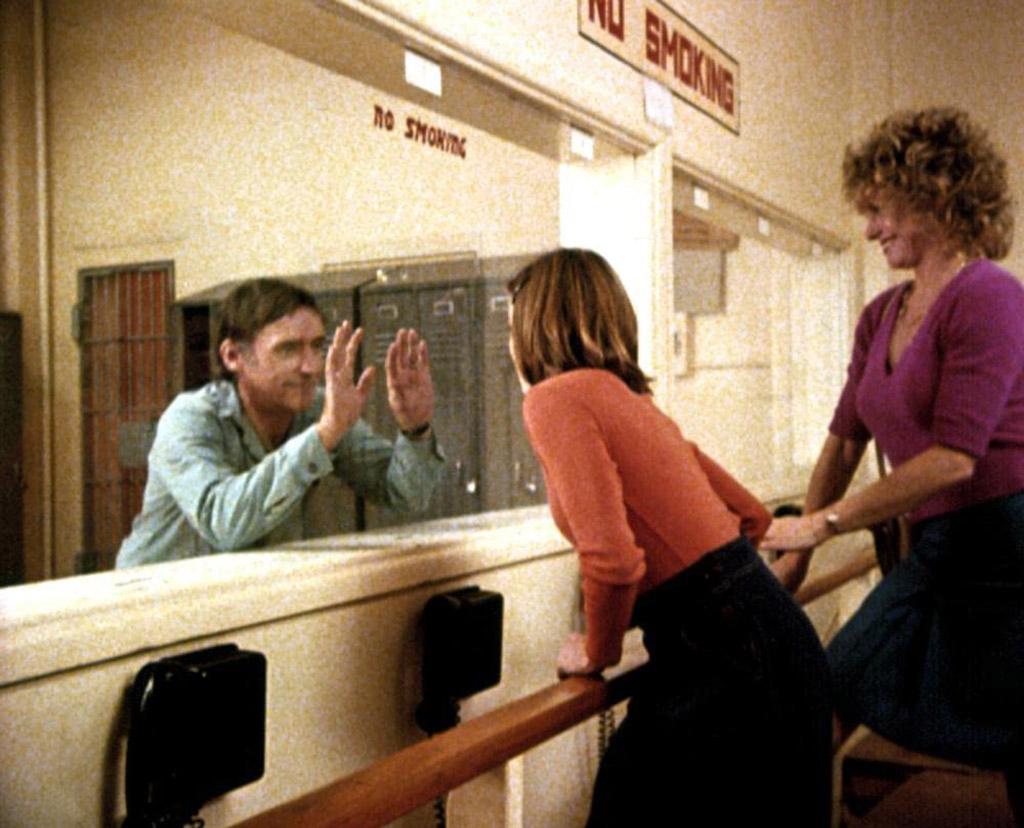 Dennis Hopper, Sharon Farrell, Linda Manz dans Out of the blue