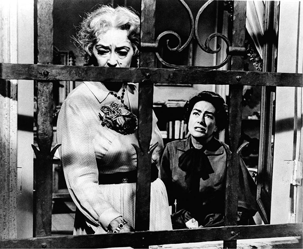Bette Davis, Joan Crawford dans Qu'est-il arrivé à baby Jane ?