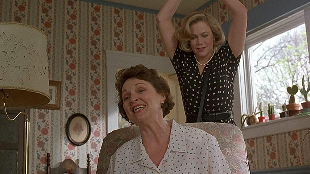 Patsy Grady Abrams, Kathleen Turner dans Serial Mother
