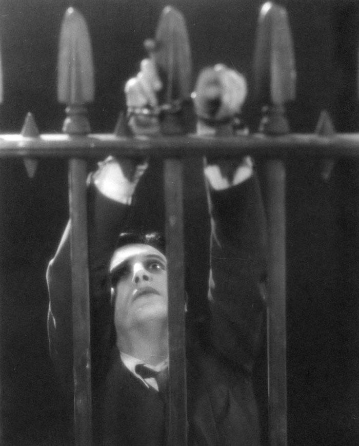 Ivor Novello dans The Lodger