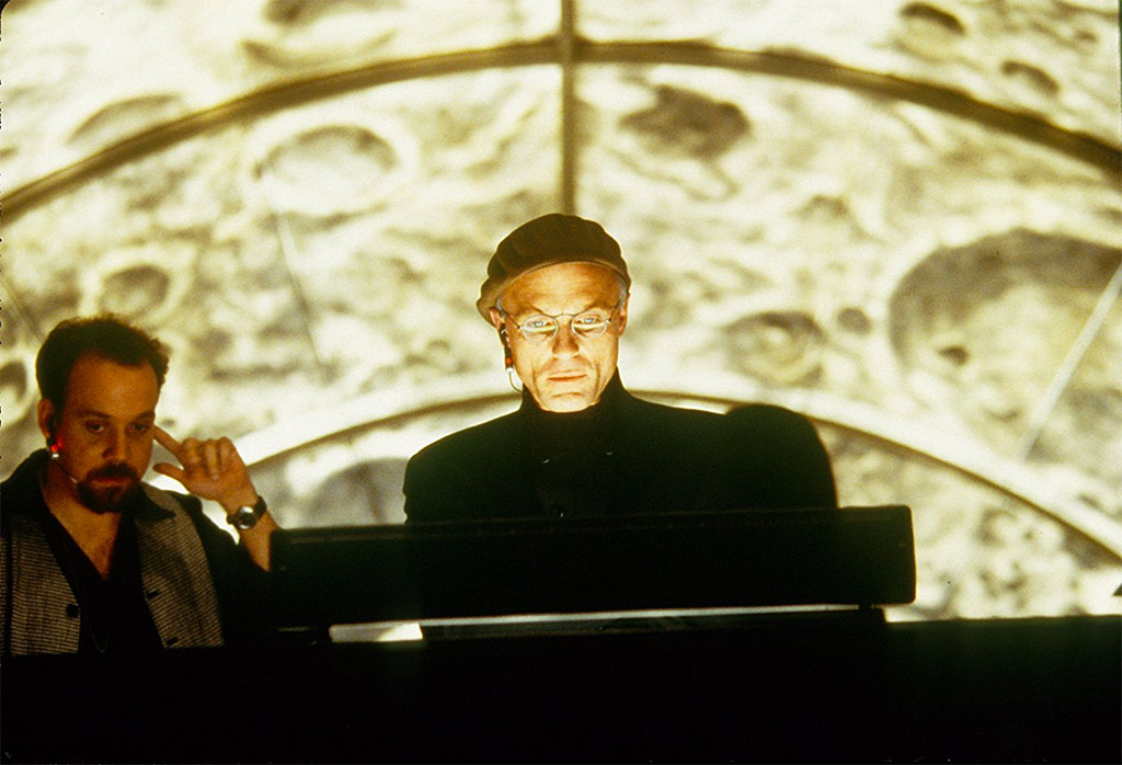 Paul Giamatti, Ed Harris dans The Truman show