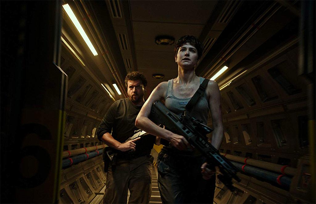 Danny McBride, Katherine Waterston dans Alien: Covenant