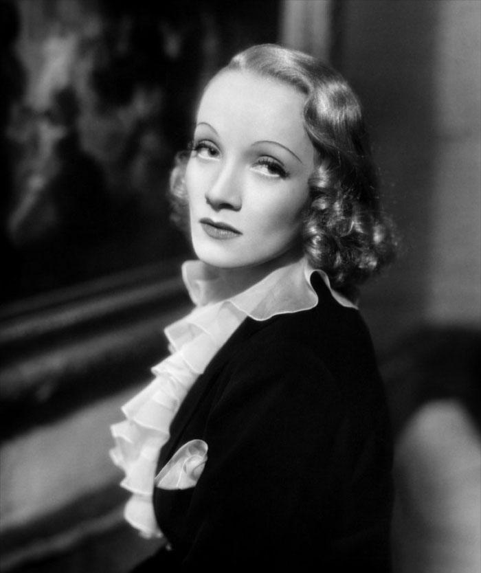Marlene Dietrich dans Ange