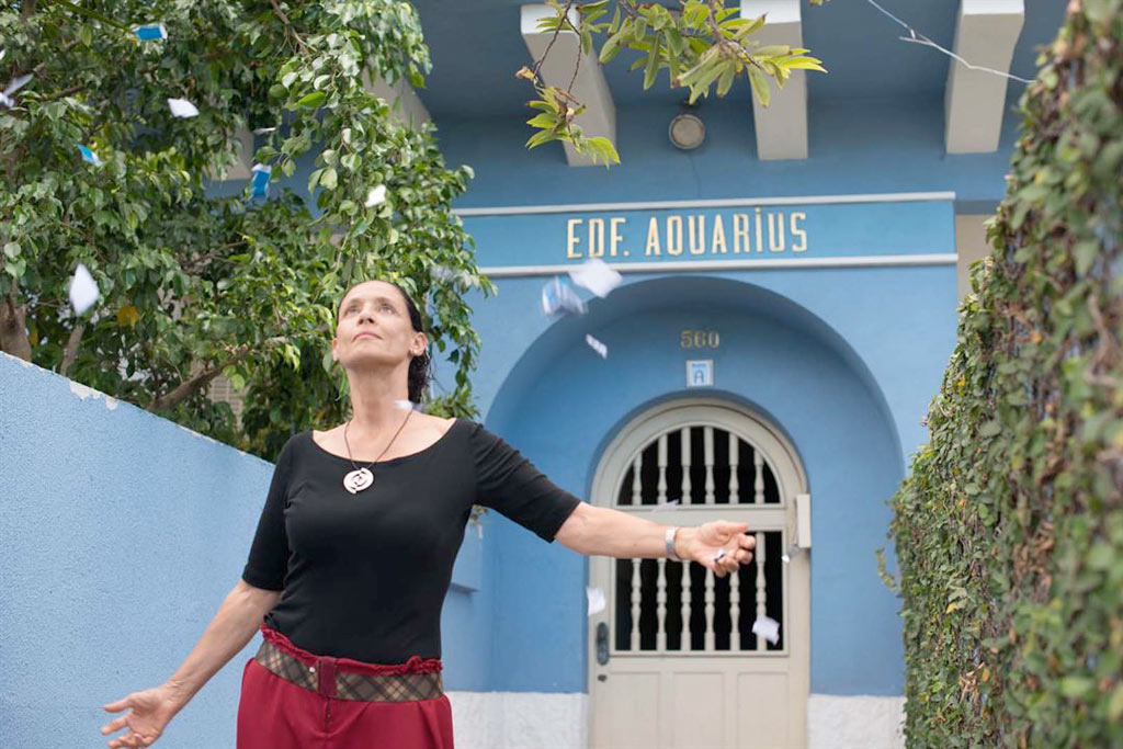 Sônia Braga dans Aquarius