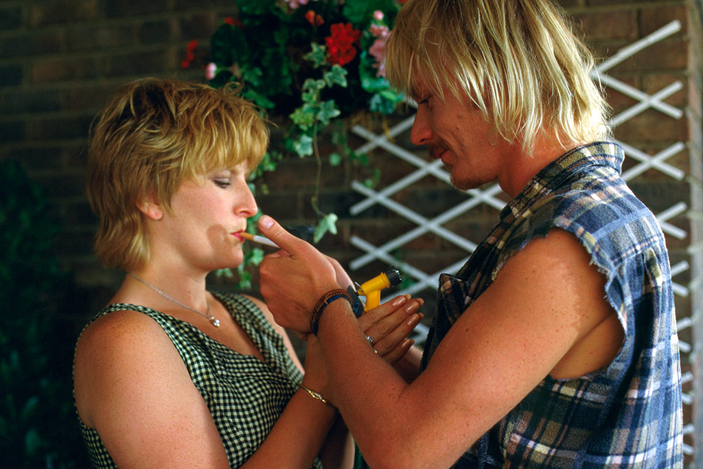 Ben Daniels, Linda Henry dans Beautiful thing