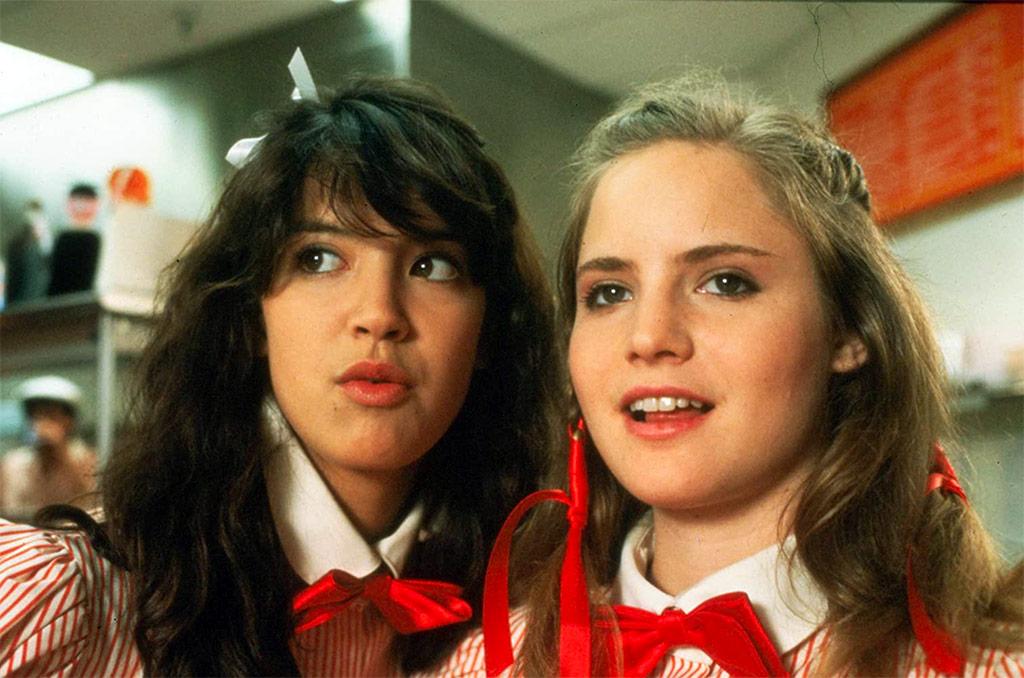 Phoebe Cates, Jennifer Jason Leigh dans Ca chauffe au lycée Ridgemont
