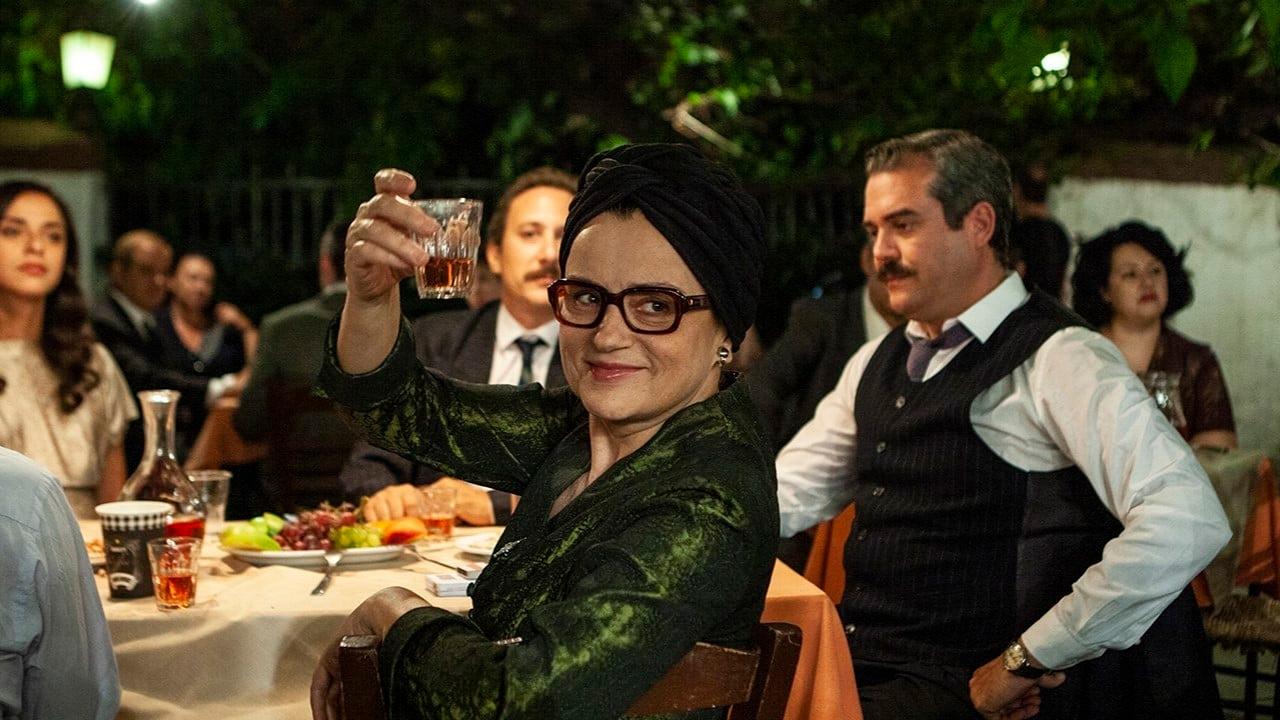 Karyofyllia Karabeti dans Eftihia