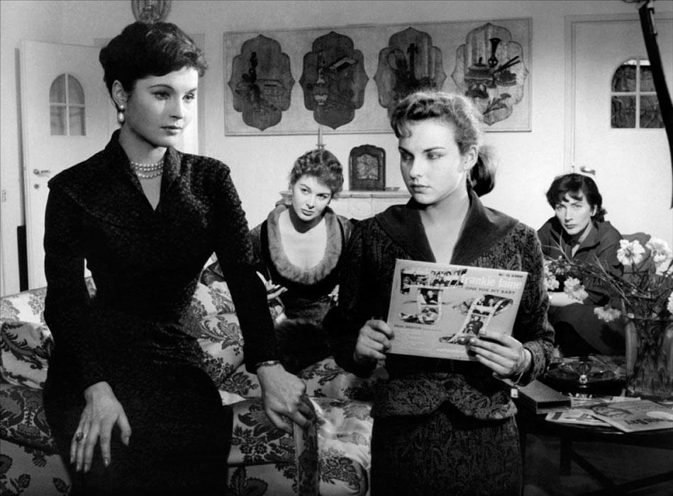 Yvonne Furneaux, Eleonora Rossi Drago, Anna Maria Pancani dans Femmes entre elles