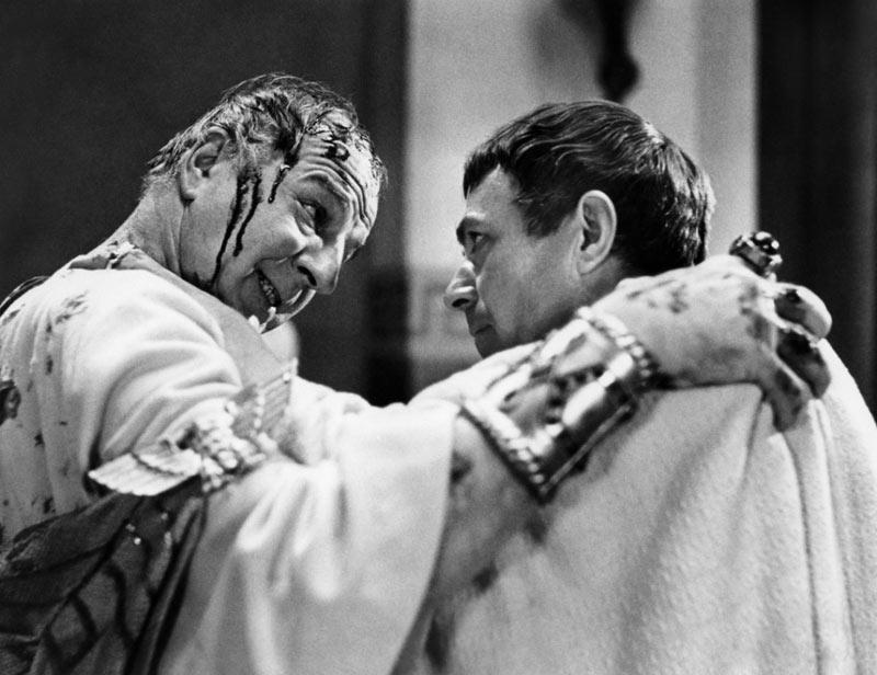 Louis Calhern, Marlon Brando dans Jules César