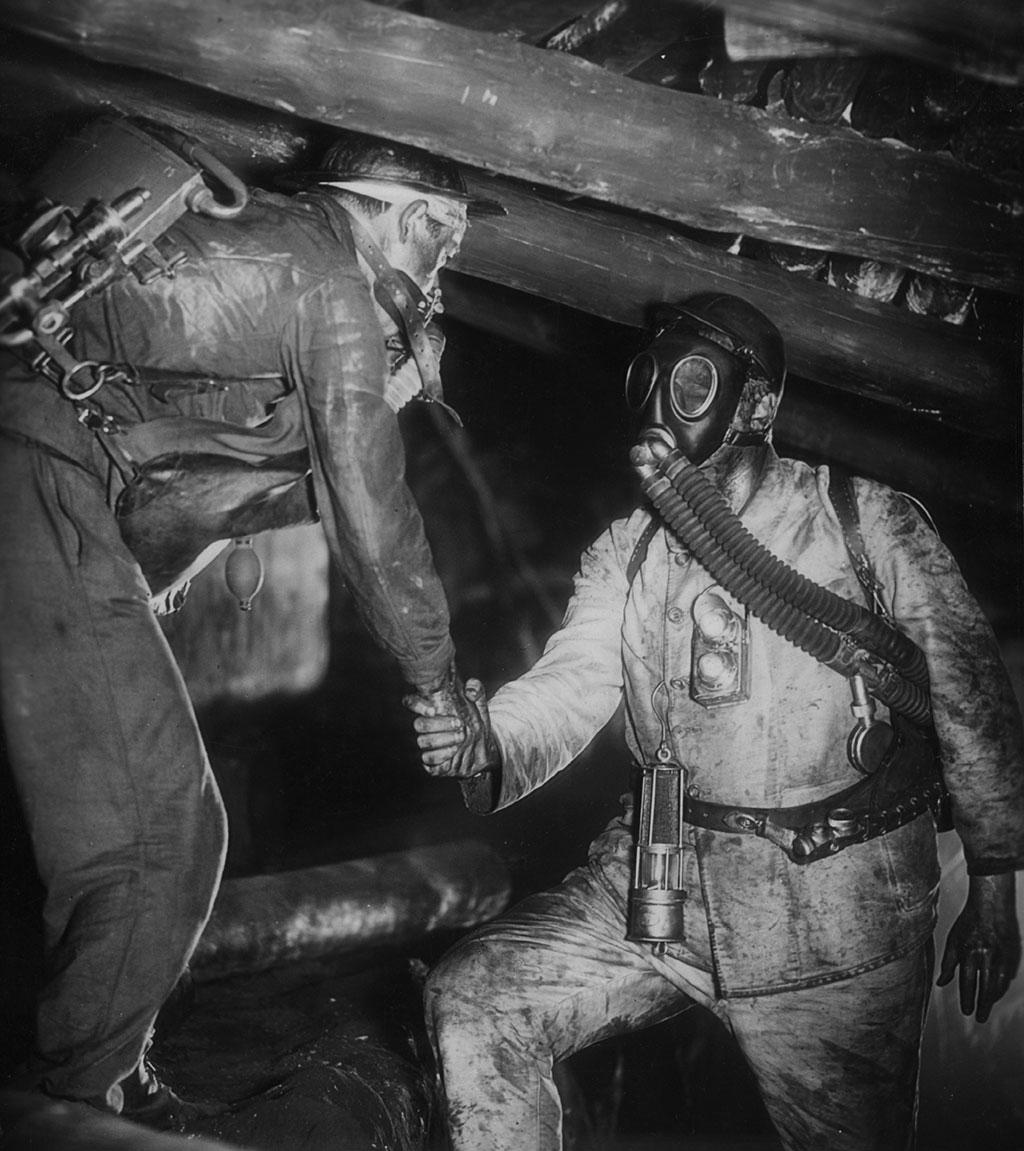 dans La Tragédie de la mine