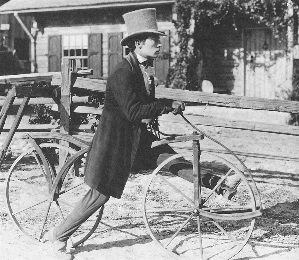 Buster Keaton dans Les Lois de l'hospitalité