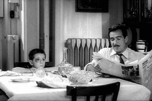 Ugo Tognazzi dans Les Monstres