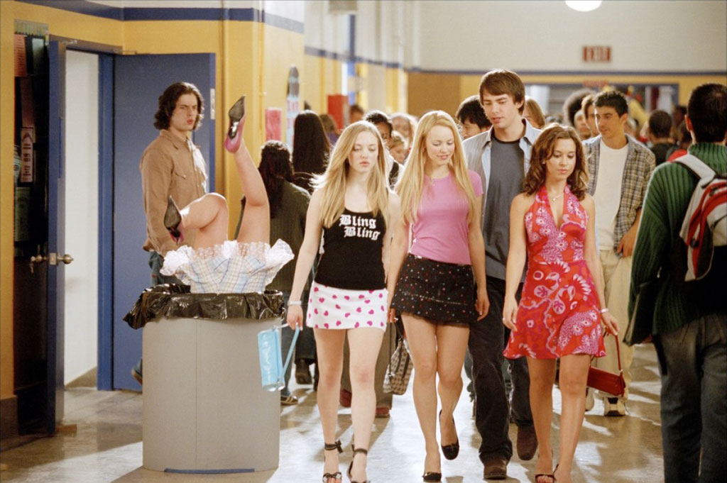 Lindsay Lohan, Rachel McAdams, Amanda Seyfried, Lacey Chabert, jonathan Bennett dans Lolita malgré moi