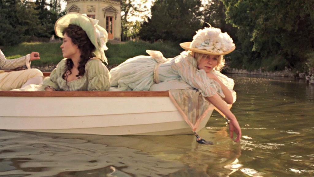 Kirsten Dunst, Mary Nighy dans Marie-Antoinette
