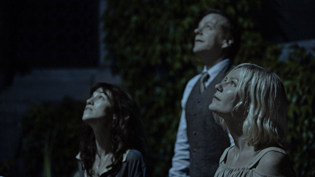Kirsten Dunst, Kiefer Sutherland, Charlotte Gainsbourg dans Melancholia