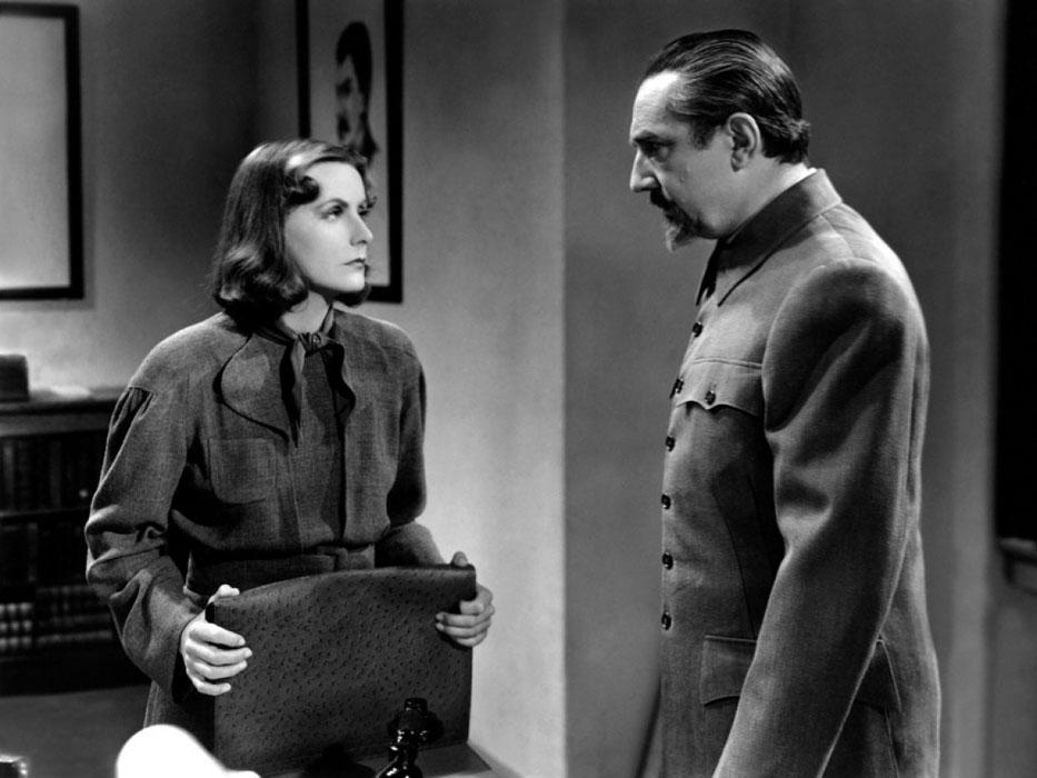 Greta Garbo, Bela Lugosi dans Ninotchka