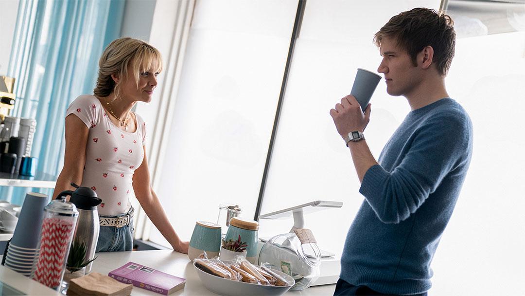 Carey Mulligan, Bo Burnham dans Promising Young Woman