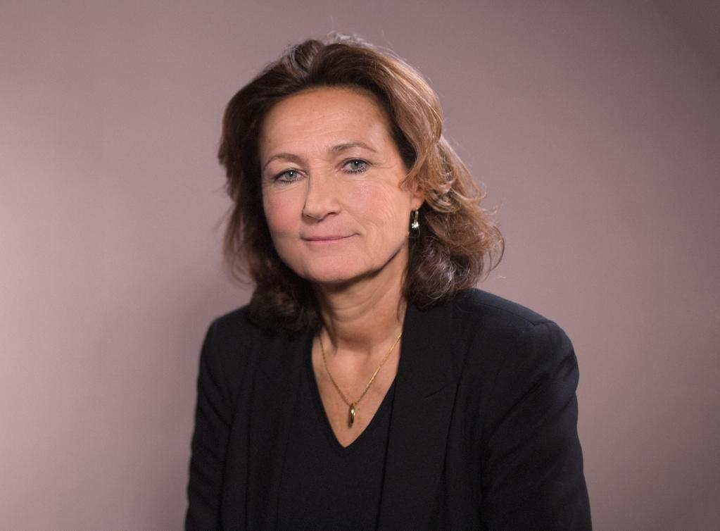 Elisabeth Tanner dans Pygmalionnes