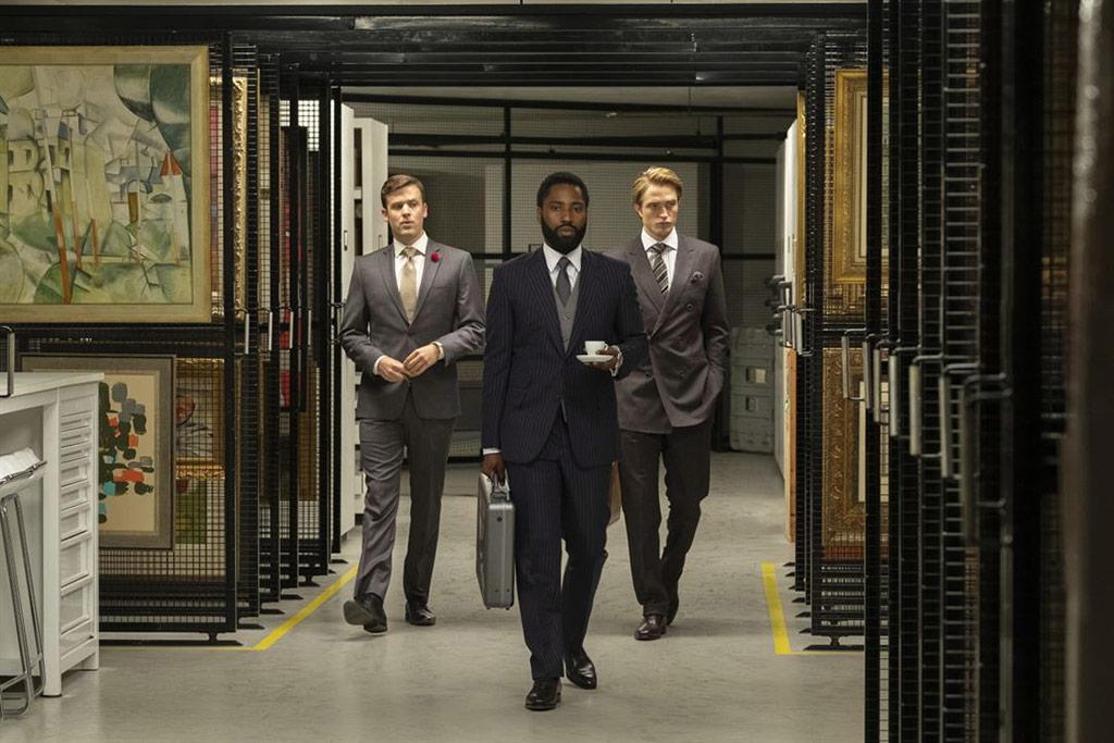 Jack Cutmore-Scott, John David Washington, Robert Pattinson dans Tenet