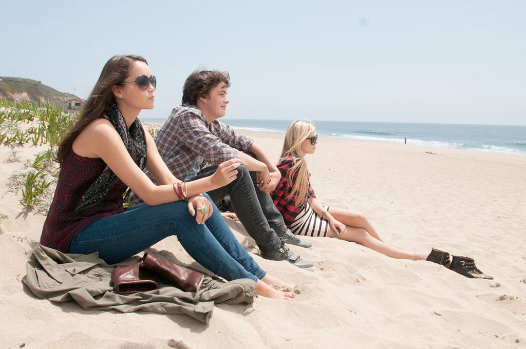 Claire Julien, Israel Broussard, Katie Chang dans The Bling ring