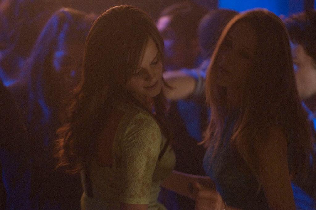 Emma Watson, and Taissa Farmiga dans The Bling ring