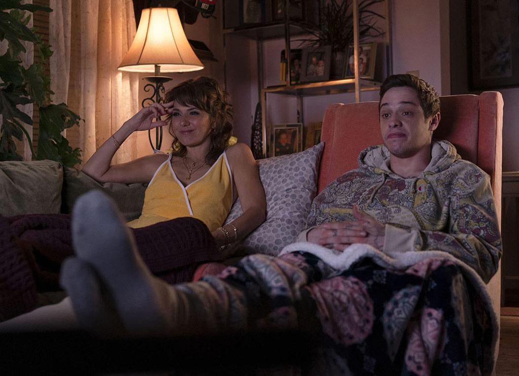 Marisa Tomei, Pete Davidson dans The King of Staten island