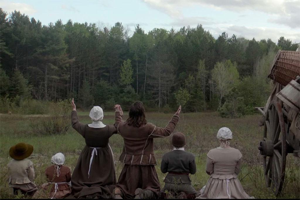 Kate Dickie, Ralph Ineson, Lucas Dawson, Harvey Scrimshaw, Ellie Grainger, Anya Taylor-Joy dans The Witch