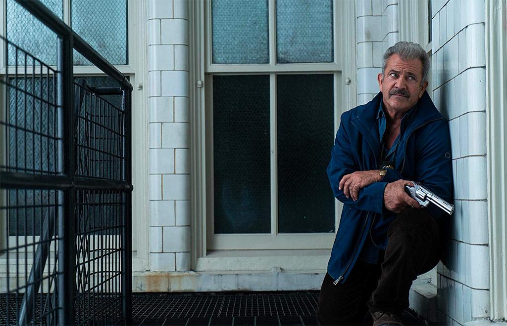 Mel Gibson dans Traîné sur le bitume