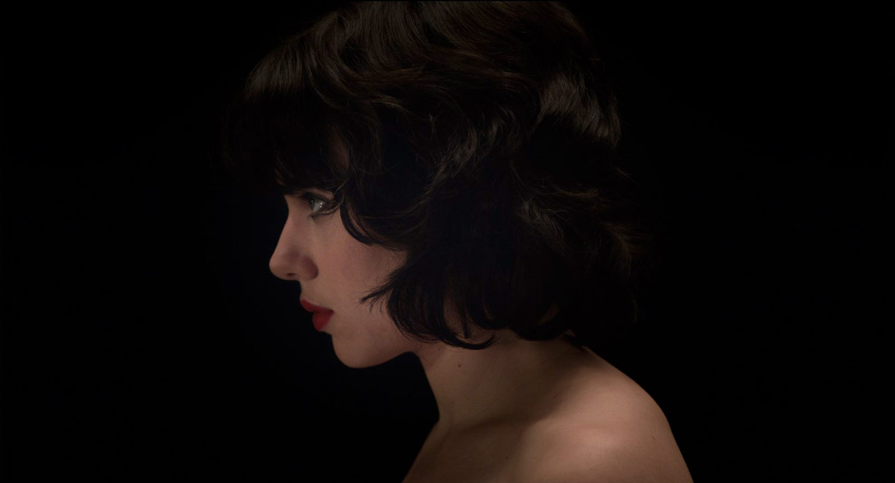 Scarlett Johansson dans Under the Skin