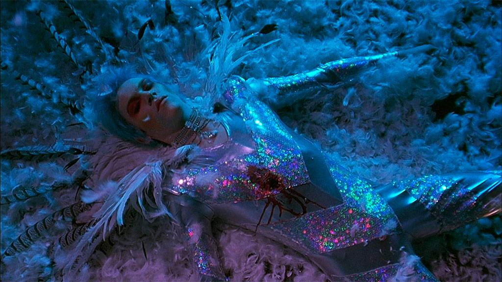 Jonathan Rhys-Meyers dans Velvet Goldmine