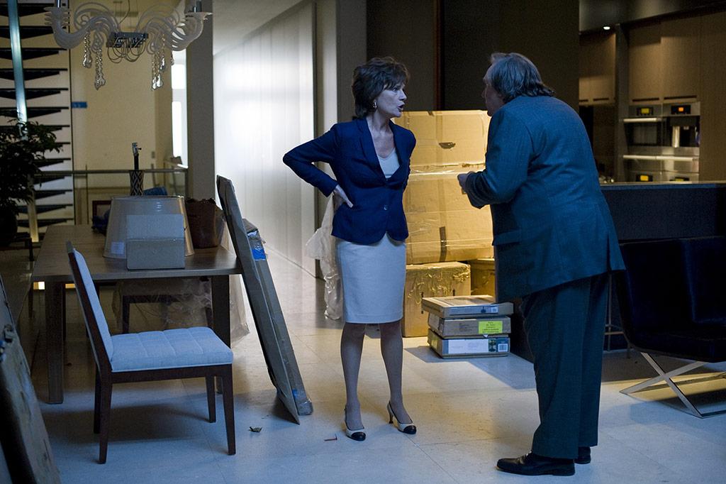 Jacqueline Bisset, Gérard Depardieu dans Welcome to New York